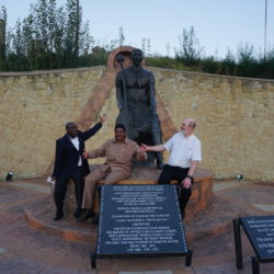 At the monument of the founding king of Lesotho (from left to right): Bischop Dr G. L. Lejakane, Rev. John Maphephe, Thomas Schirrmacher © BQ/Esther Schirrmacher