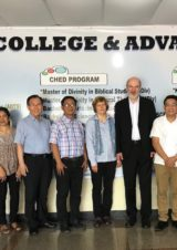 Christine and Thomas Schirrmacher with the management of PTS College & Advanced Studies, Manila © BQ/Thomas Schirrmacher