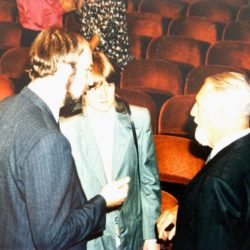 The historic photo: Thomas and Christine Schirrmacher in conversation with the founder of the STH Basel, Samuel Külling © Thomas Schirrmacher